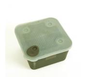 Контейнер с крышкой MIDDY Eazy Seal Square Bait Box
