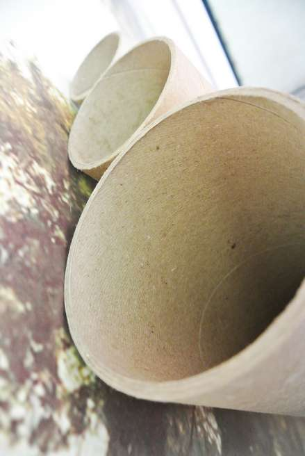 У тубусов для отправки удилищ толстая и прочная стенка